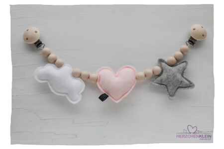 Kinderwagenkette – Wolke, Herz & Stern – rosa
